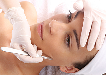 Dermaplaning WI treatment